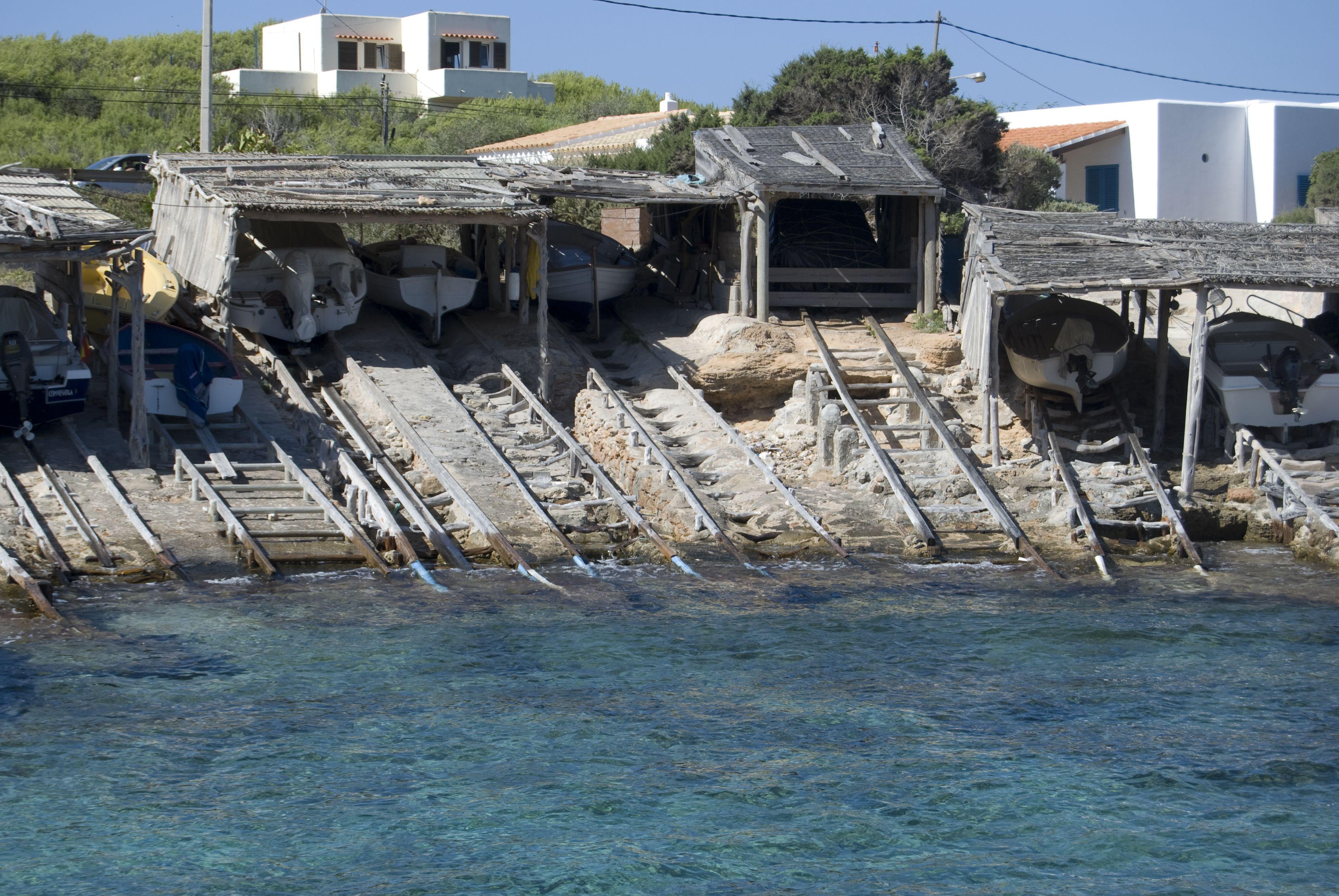 Un puerto marinero de Formentera